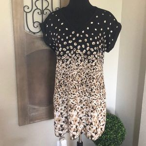 Very cute day dress from New York & Company!